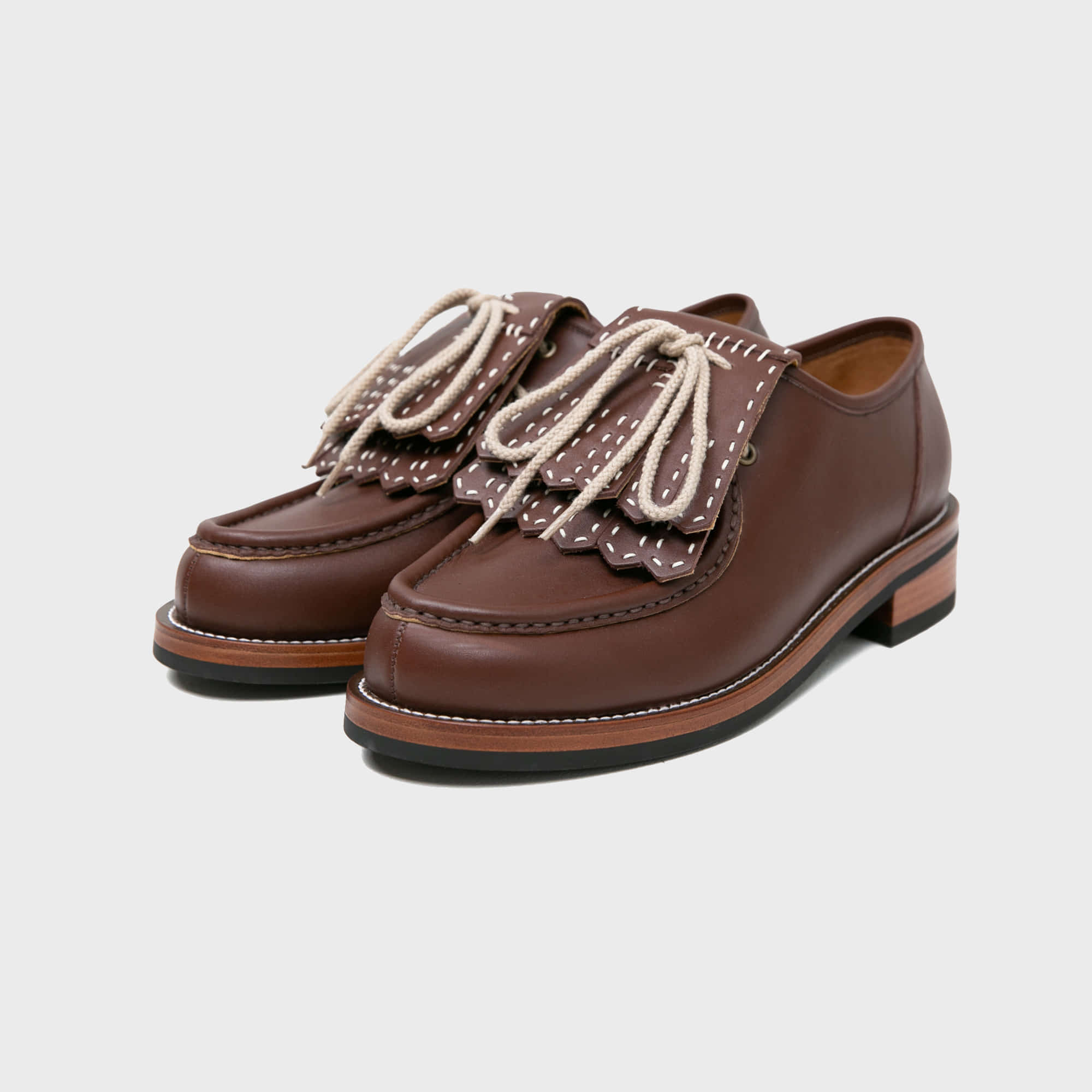 [BILLYS&CO X ANGLAN] Kiltie Tongue Shoes - Brown
