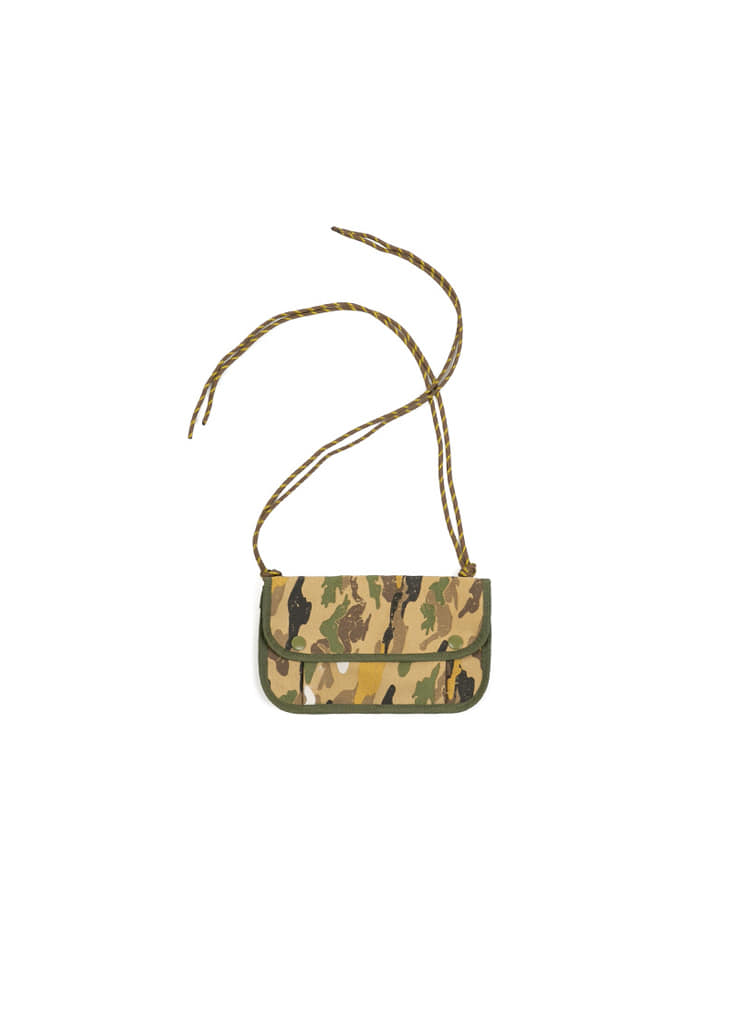 [M] Camo Mini Pocket Bag